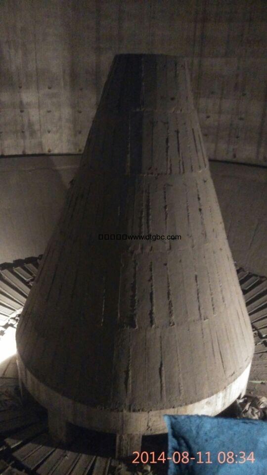 清理钢混土库改造出料系统