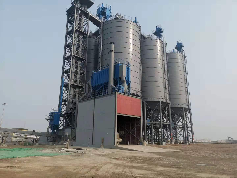 潍坊港六座3500吨全钢焊接水泥中转储存库